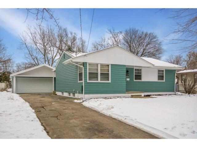 2621 E 38th Court, Des Moines, IA 50317 (MLS #575335) :: Better Homes and Gardens Real Estate Innovations