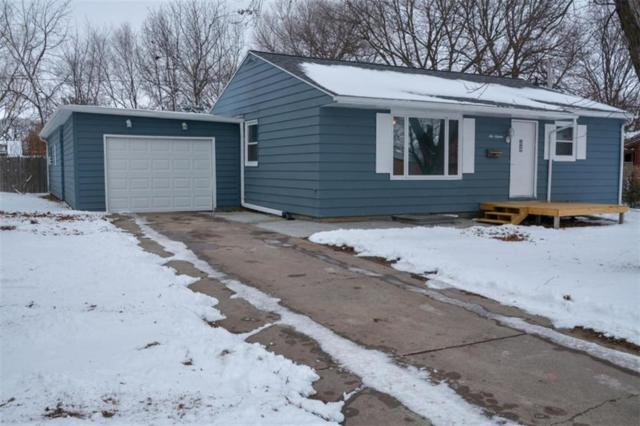 616 11th Street, Nevada, IA 50201 (MLS #575355) :: Moulton & Associates Realtors