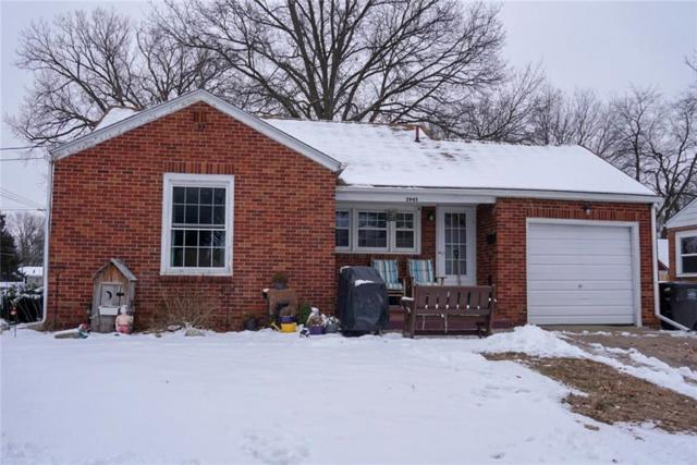 3945 Oxford Street, Des Moines, IA 50313 (MLS #575370) :: Colin Panzi Real Estate Team