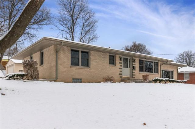 7602 Roseland Drive, Urbandale, IA 50322 (MLS #575408) :: Better Homes and Gardens Real Estate Innovations