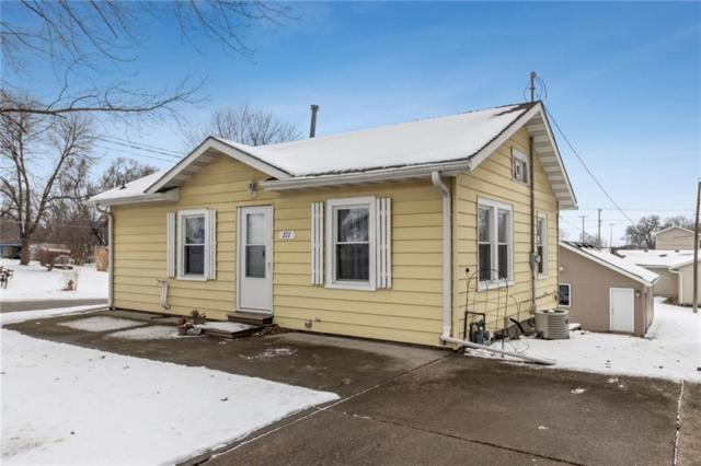 277 W M Avenue, Nevada, IA 50201 (MLS #576349) :: Moulton & Associates Realtors