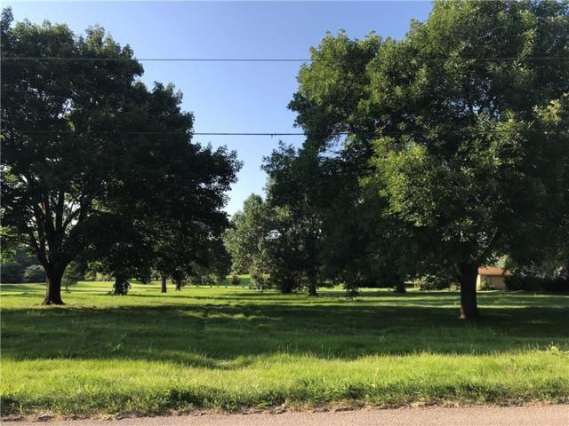 6348 NE 12th Avenue, Pleasant Hill, IA 50327 (MLS #577142) :: Colin Panzi Real Estate Team
