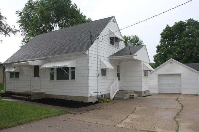 408 Center Street, Norwalk, IA 50211 (MLS #577342) :: Colin Panzi Real Estate Team
