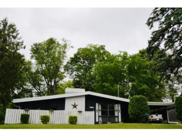 4518 SW 16th Street, Des Moines, IA 50315 (MLS #577643) :: Colin Panzi Real Estate Team