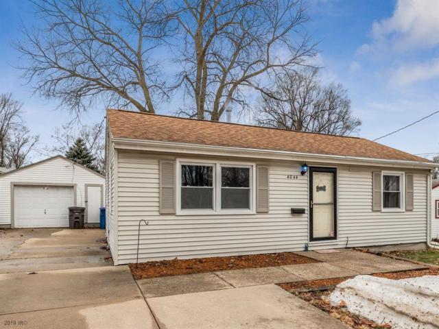 4044 51st Street, Des Moines, IA 50310 (MLS #577871) :: Colin Panzi Real Estate Team