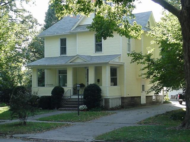 1315 Elm Street, Grinnell, IA 50112 (MLS #577885) :: Colin Panzi Real Estate Team