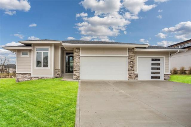 14318 Sheridan Avenue, Urbandale, IA 50323 (MLS #578237) :: Better Homes and Gardens Real Estate Innovations