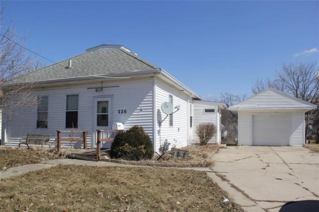 226 E 12th Street N, Newton, IA 50208 (MLS #578326) :: Colin Panzi Real Estate Team