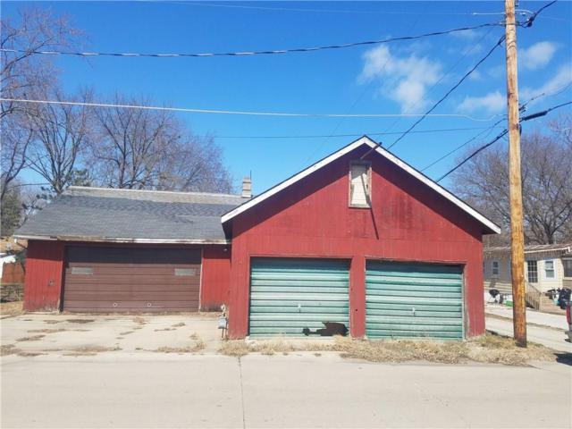 502 3rd Street, Perry, IA 50220 (MLS #579360) :: Better Homes and Gardens Real Estate Innovations