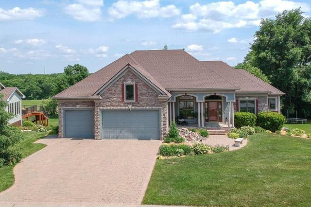 5055 Copper Creek Drive, Pleasant Hill, IA 50327 (MLS #579928) :: Pennie Carroll & Associates
