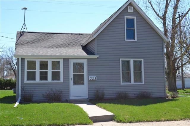 328 11 TH Street, Boone, IA 50036 (MLS #580458) :: Better Homes and Gardens Real Estate Innovations