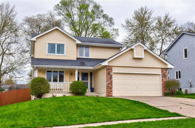 2917 Boulder Drive, West Des Moines, IA 50265 (MLS #580624) :: Pennie Carroll & Associates