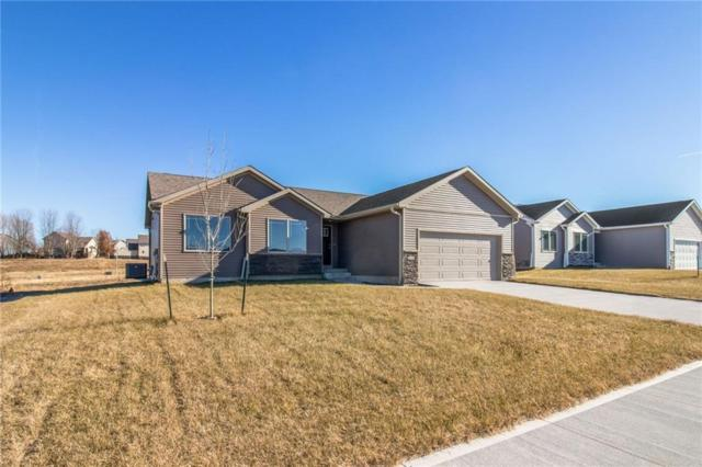 345 Prairie Creek Drive, Pleasant Hill, IA 50327 (MLS #582586) :: Better Homes and Gardens Real Estate Innovations