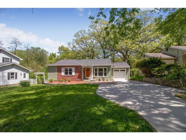 3401 38th Street, Des Moines, IA 50310 (MLS #582998) :: Colin Panzi Real Estate Team