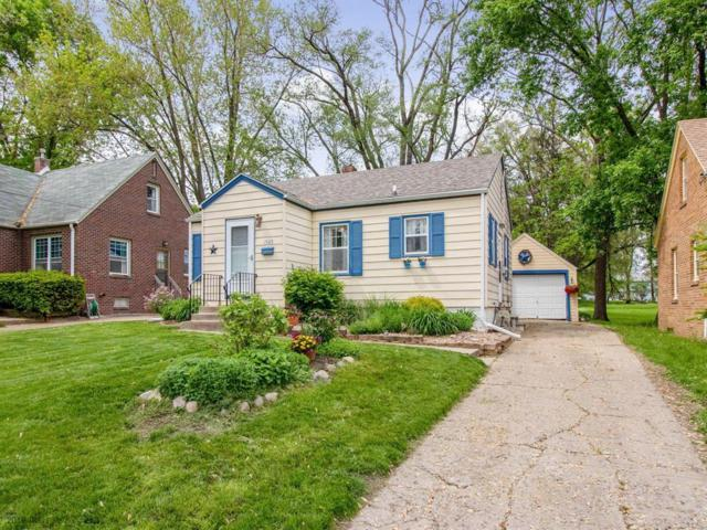 1505 Locust Street, West Des Moines, IA 50265 (MLS #583050) :: Better Homes and Gardens Real Estate Innovations