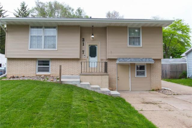 3107 Williams Street, Des Moines, IA 50317 (MLS #583096) :: Pennie Carroll & Associates