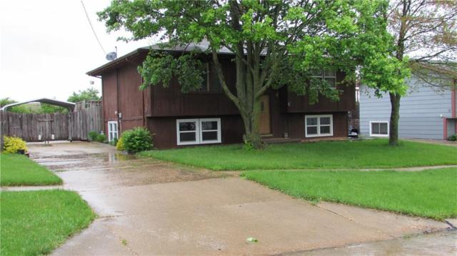 101 E Laura Lane, Knoxville, IA 50138 (MLS #583134) :: Colin Panzi Real Estate Team