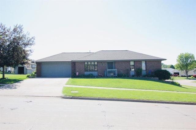 1115 E 7th Street, Pella, IA 50219 (MLS #584412) :: Kyle Clarkson Real Estate Team