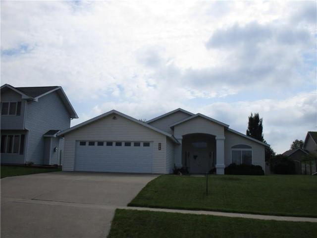 606 E 13th Street, Pella, IA 50219 (MLS #585053) :: Pennie Carroll & Associates