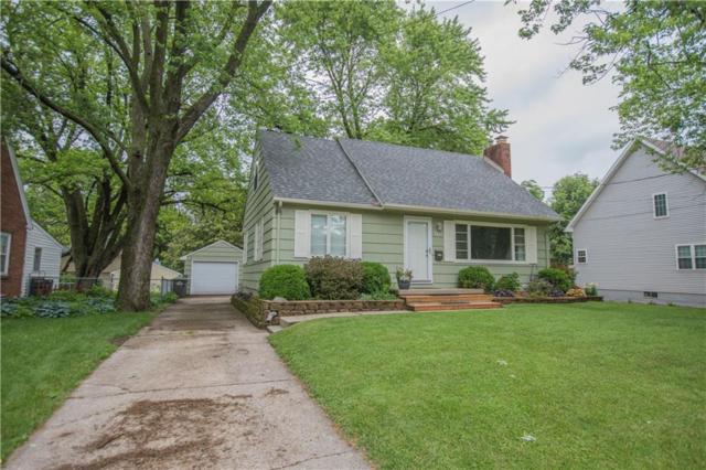 3411 49th Street, Des Moines, IA 50310 (MLS #585426) :: Colin Panzi Real Estate Team