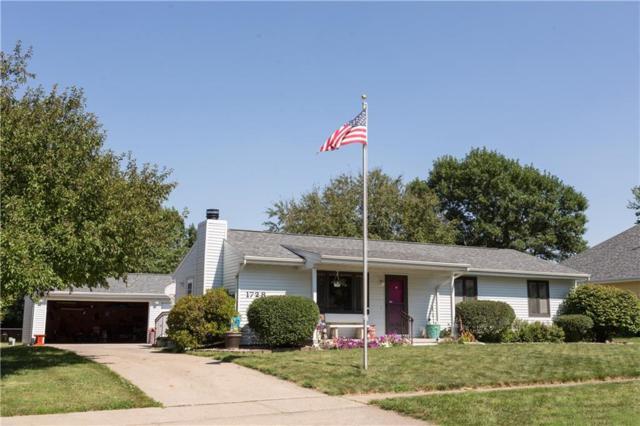 1728 Cedar Street, Norwalk, IA 50211 (MLS #587046) :: Better Homes and Gardens Real Estate Innovations