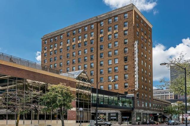 400 Walnut Street #305, Des Moines, IA 50309 (MLS #587064) :: EXIT Realty Capital City
