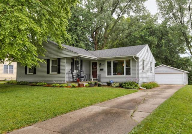 2300 Prospect Avenue, West Des Moines, IA 50265 (MLS #587228) :: Better Homes and Gardens Real Estate Innovations