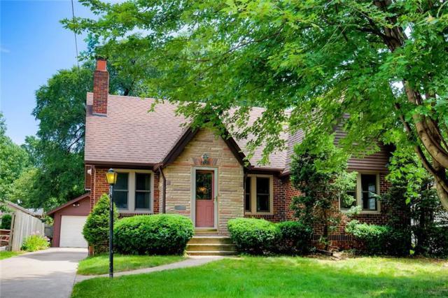 2121 40th Street, Des Moines, IA 50310 (MLS #587373) :: Colin Panzi Real Estate Team