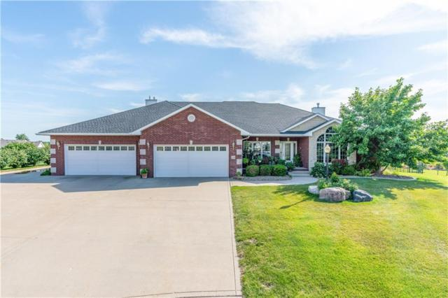 438 NW 58th Place, Des Moines, IA 50313 (MLS #588511) :: Better Homes and Gardens Real Estate Innovations