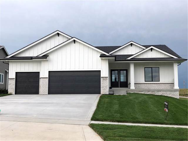 2612 NW Springbrooke Drive, Grimes, IA 50111 (MLS #591203) :: Better Homes and Gardens Real Estate Innovations