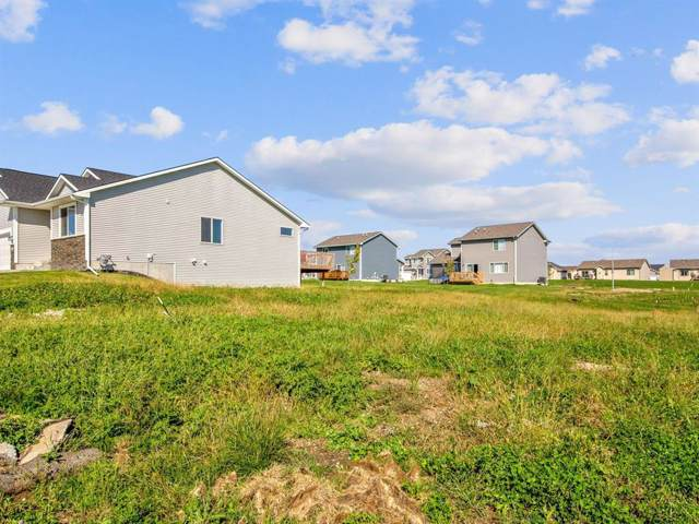406 Orchard Hills Drive, Norwalk, IA 50211 (MLS #592576) :: Attain RE