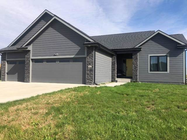 202 North Point Lane, Dallas Center, IA 50063 (MLS #593126) :: Better Homes and Gardens Real Estate Innovations