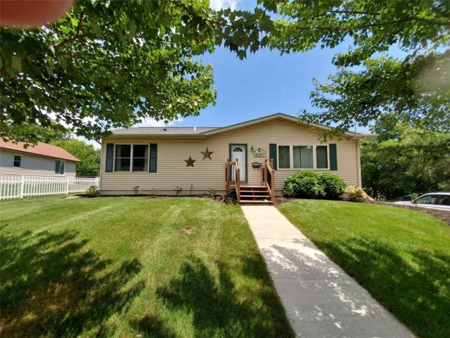 3167 68th Street, Urbandale, IA 50322 (MLS #593532) :: Better Homes and Gardens Real Estate Innovations