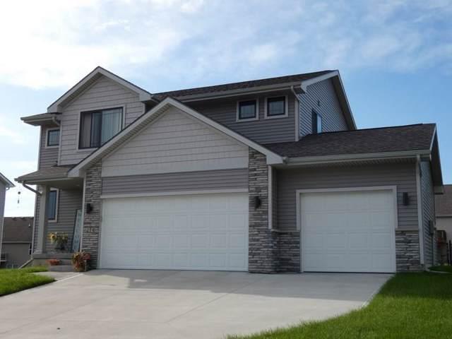 214 Braeburn Drive, Norwalk, IA 50211 (MLS #593698) :: Moulton Real Estate Group