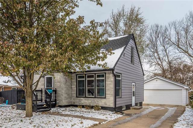 3815 Madison Avenue, Des Moines, IA 50310 (MLS #594953) :: Better Homes and Gardens Real Estate Innovations