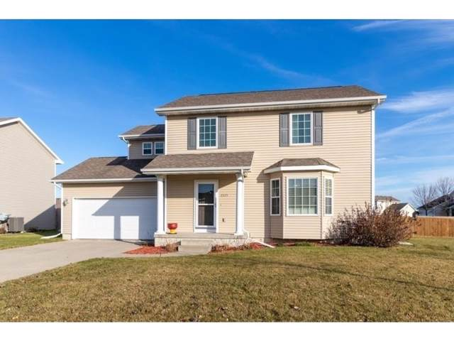 2225 SE Florence Drive, Waukee, IA 50263 (MLS #595548) :: Better Homes and Gardens Real Estate Innovations