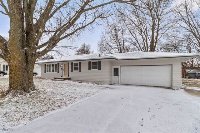 814 S 7th Avenue, Winterset, IA 50273 (MLS #596041) :: Pennie Carroll & Associates