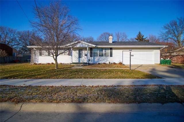 1213 W Pleasant Street, Knoxville, IA 50138 (MLS #596119) :: Pennie Carroll & Associates