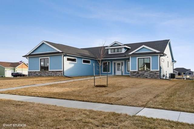 330 32nd Street SE, Altoona, IA 50009 (MLS #597225) :: Better Homes and Gardens Real Estate Innovations