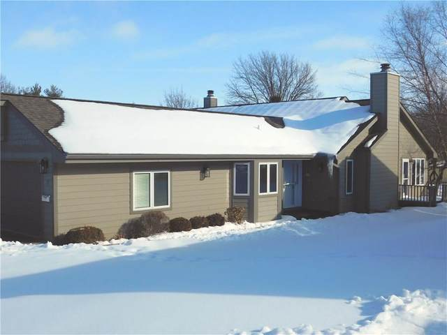734 16th Avenue #10, Grinnell, IA 50112 (MLS #598497) :: Better Homes and Gardens Real Estate Innovations