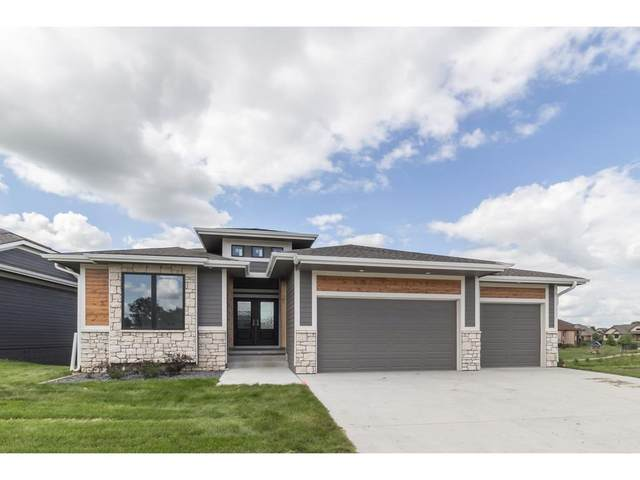 7020 Lincoln Circle, Johnston, IA 50131 (MLS #598555) :: Better Homes and Gardens Real Estate Innovations