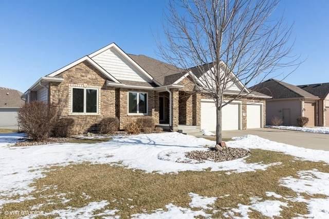 1321 E Pine Ridge Drive, Polk City, IA 50226 (MLS #598757) :: Moulton Real Estate Group