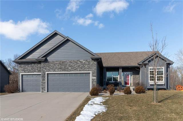 6911 NW 84th Avenue, Johnston, IA 50131 (MLS #598996) :: Better Homes and Gardens Real Estate Innovations