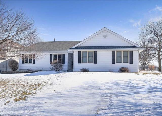 601 SW Maplewood Drive, Grimes, IA 50111 (MLS #599029) :: Moulton Real Estate Group