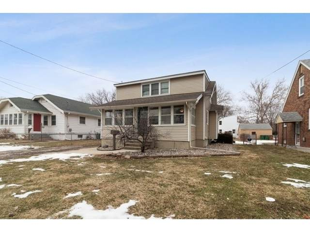 1305 Locust Street, West Des Moines, IA 50265 (MLS #599449) :: Better Homes and Gardens Real Estate Innovations