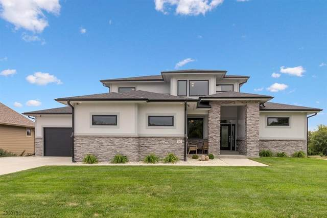 7817 NW 104th Court, Johnston, IA 50131 (MLS #599645) :: Better Homes and Gardens Real Estate Innovations