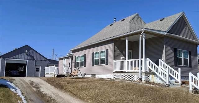 915 South B Street, Oskaloosa, IA 52577 (MLS #600107) :: Moulton Real Estate Group