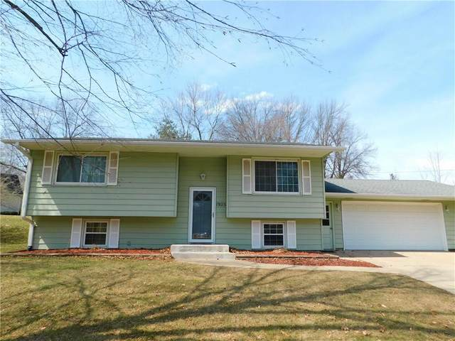 1925 Country Club Drive, Grinnell, IA 50112 (MLS #600273) :: EXIT Realty Capital City