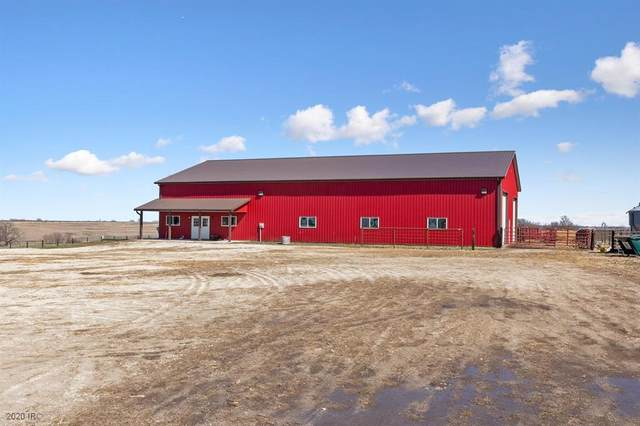 1070 Pitzer Road, Earlham, IA 50072 (MLS #601267) :: Moulton Real Estate Group