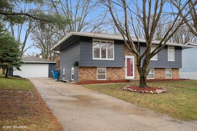 1311 W Clinton Avenue, Indianola, IA 50125 (MLS #601487) :: Pennie Carroll & Associates